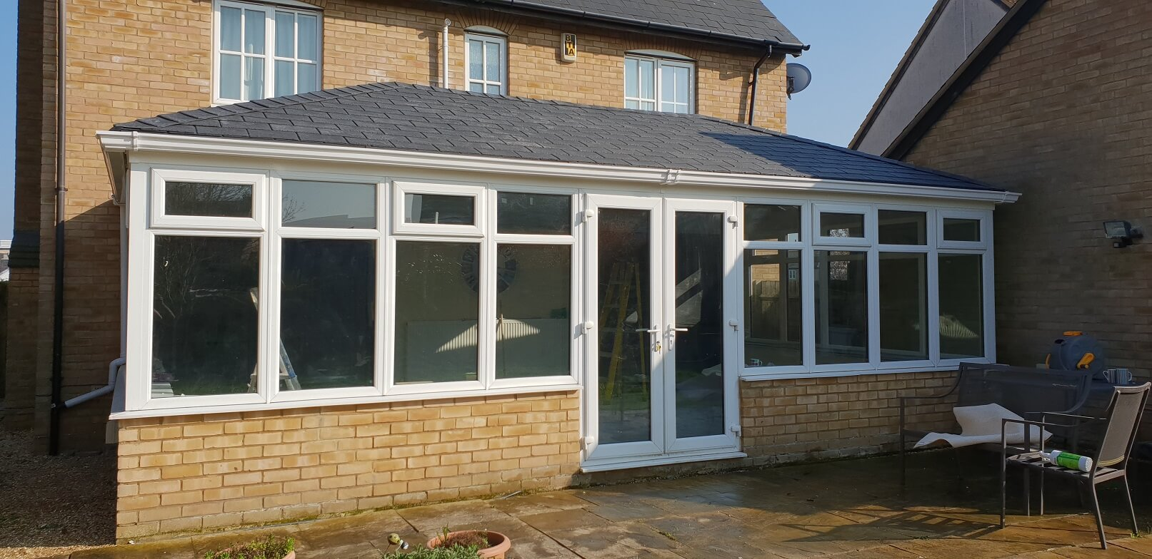 Double_Hipped_Guardian_Warm_Roof_Cambourne