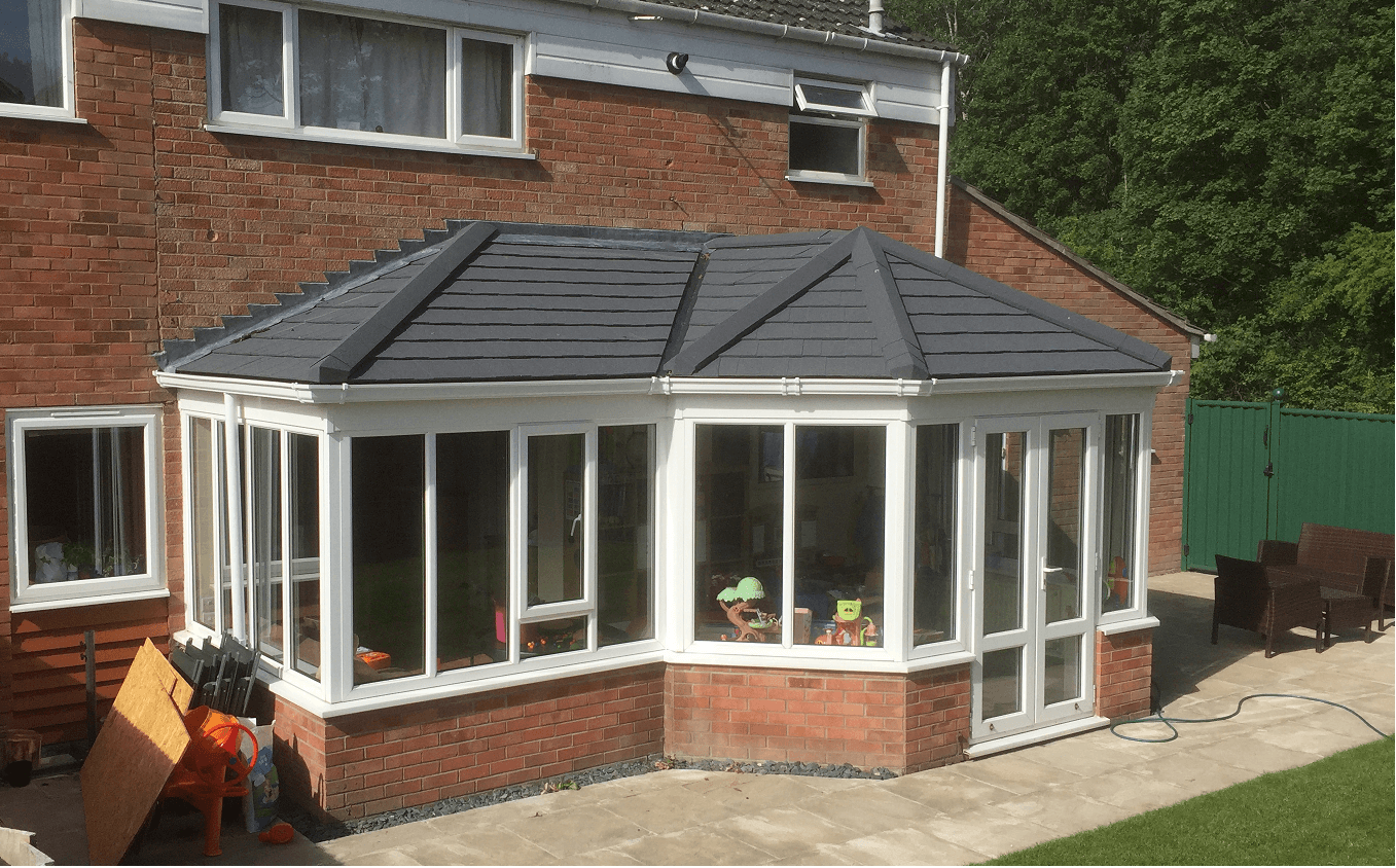 P_Shaped_Solid_Conservatory_Roof_Bar_Hill